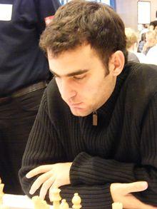 Entre los mejores deportistas del año debe de estar el  ajedrezista Leinier Domínguez.
