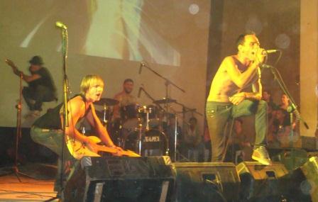 La banda matancera Sound Blast Profile, deleitó a la masa freaky reunida en el festival Ciudad Metal.