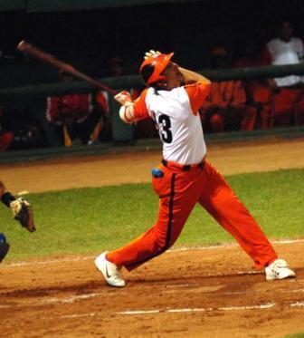 El estelar receptor villaclareño Ariel Pestano debe figurar entre los deportistas más destacados de 2013 en Cuba.