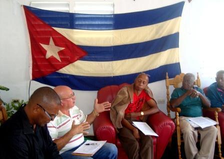 Reunión de las filas de la oposición donde se daban los primeros pasos para la unidad.